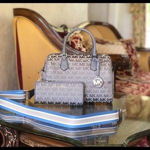 NWT Michael Kors duffle handbag&wallet